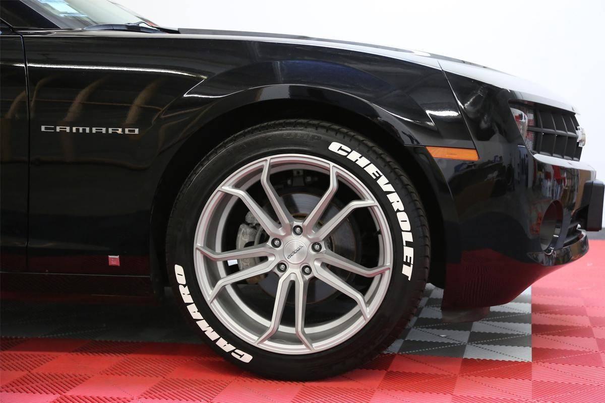 ผลการค้นหารูปภาพสำหรับ tire with car